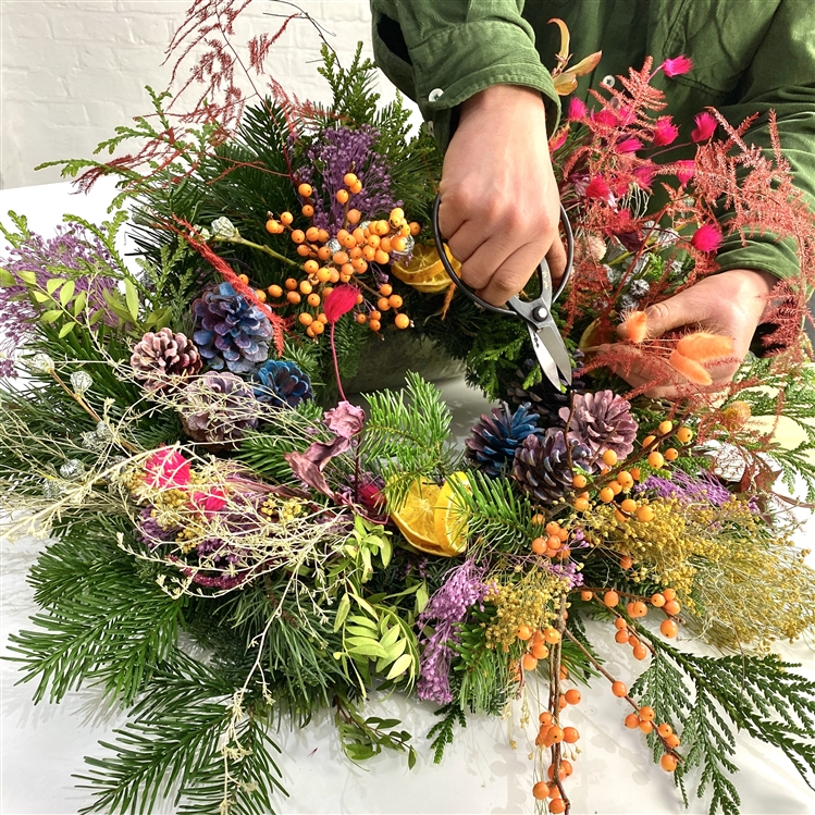 Christmas Wreath Workshop @ CROUCH END 6 DECEMBER