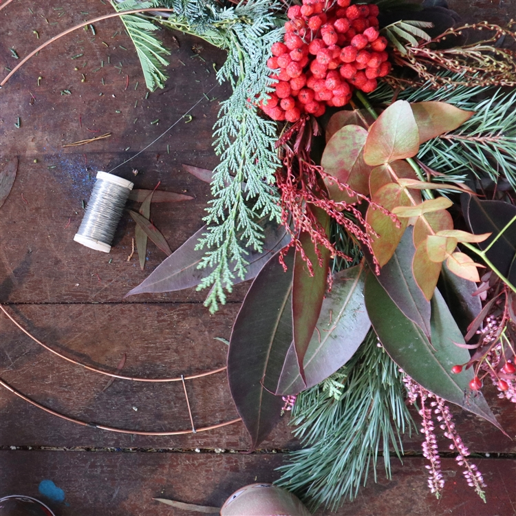 CHRISTMAS WREATH WORKSHOP @ CROUCH END 4 DECEMBER